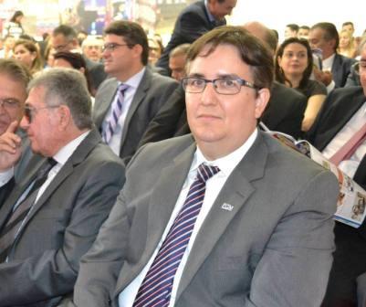 Procurador-Geral representa PMT em posse do novo conselheiro do TCE